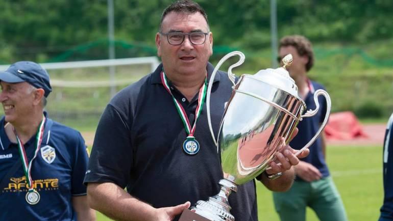 Mario Checchi è il nuovo allenatore del Castrum Monterotondo. Grazie a Massimo Bruni.
